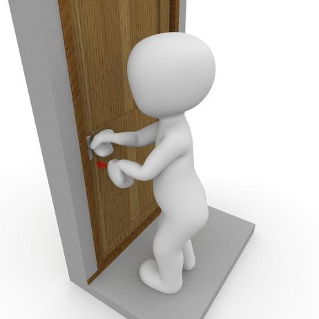 door-1013742_640
