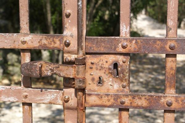 door-lock-1575134_1280