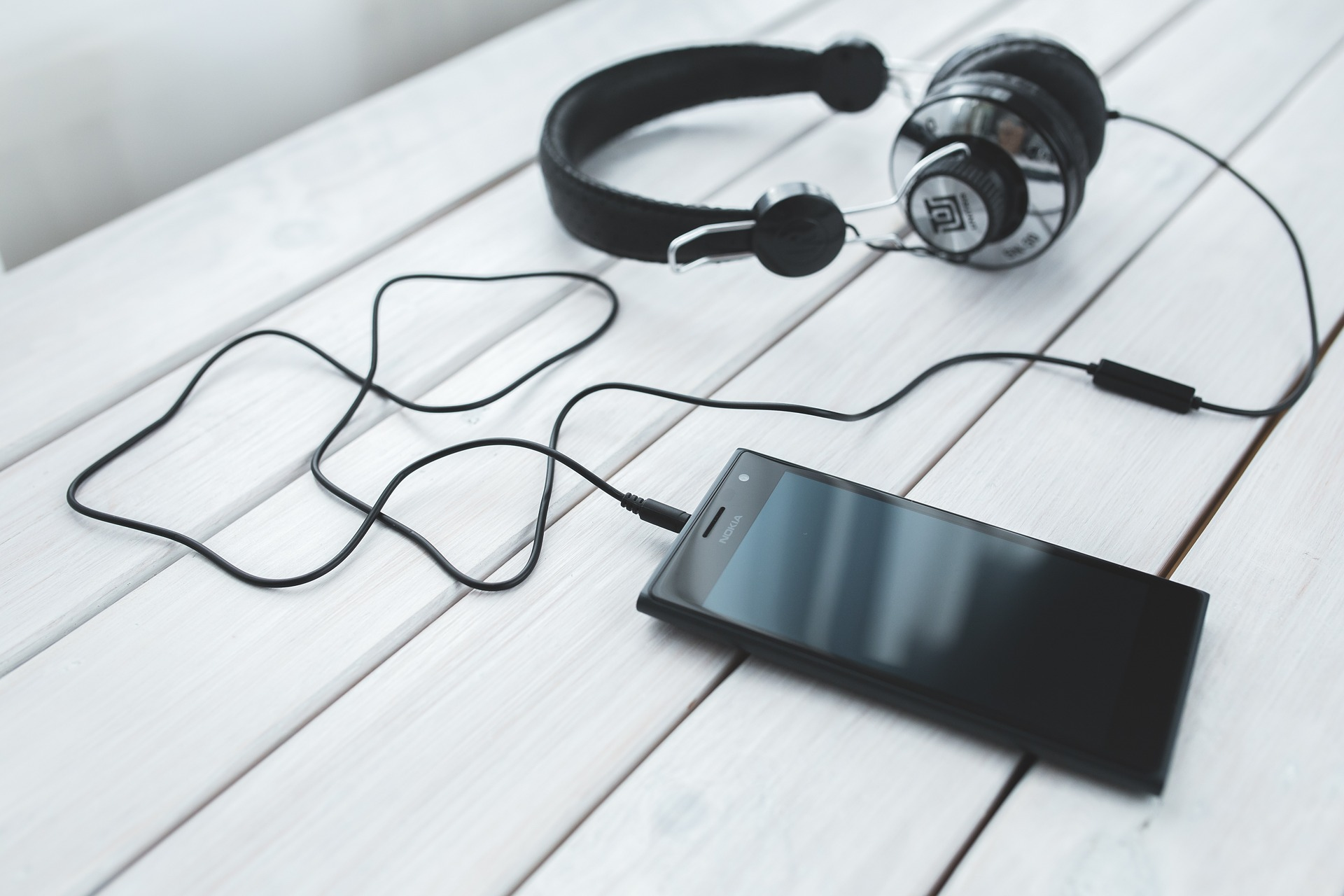 Virtual Writers Group – Three Great Podcasts To Check Out